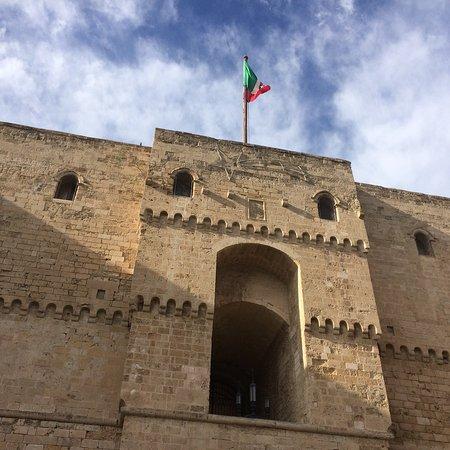Castello Aragonese: photo4.jpg