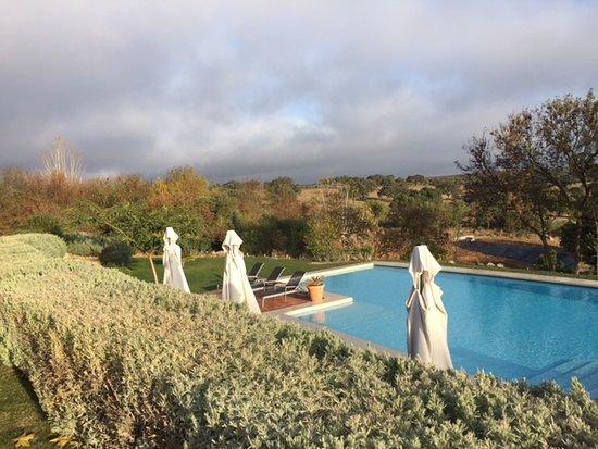 Piscina foto de hotel rural monte da proven a elvas for Piscina elvas