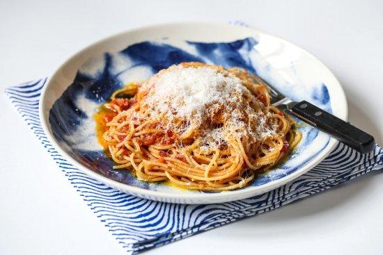 Beaminster, UK: Roasted tomato pasta