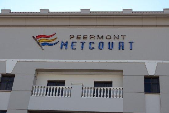 Peermont Metcourt Hotel at Emperors Palace: Aanzicht