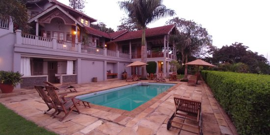 Onsea House Country Inn & Guest Cottage: Machweo House - pool and spa area