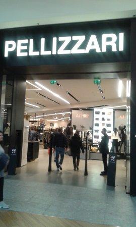 release date: 7a3d2 2c65e NEGOZIO PELLIZZARI... - Foto di Il Centro, Arese - TripAdvisor