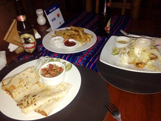 Fronteras, Guatemala: Comida tipo mexicana muy rica y a precios accesibles.