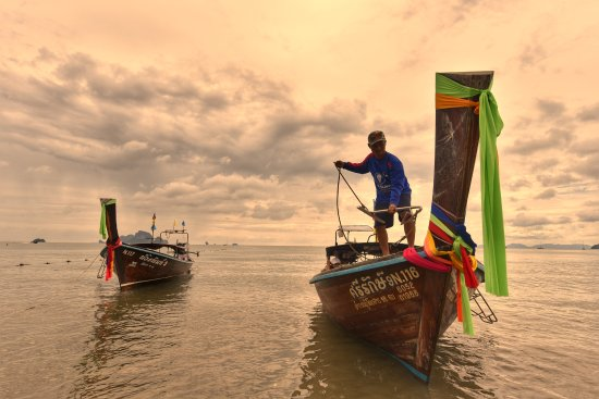Krabi Thai Village Resort: Beach is 10mins away