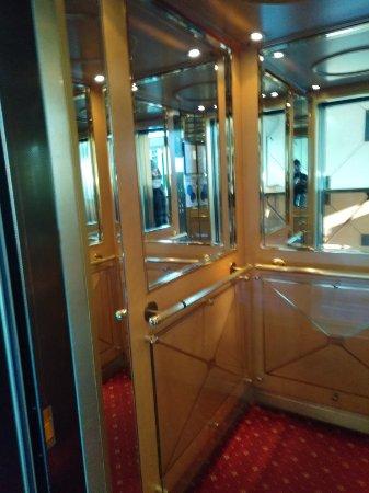 Royal Garden Hotel: IMG_20171214_122948_large.jpg
