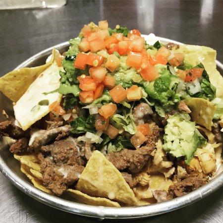 Cape Girardeau, MO: Steak nachos with avocado and tomato