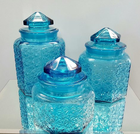 Pleasant Lake, MI : For the serious collector - L.E. Smith daisy and button blue glass canister set