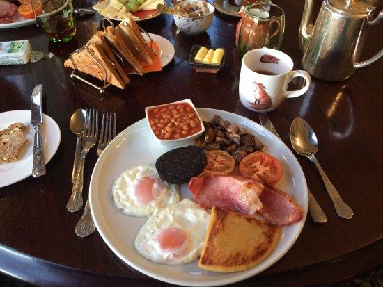 Banchory, UK: Le véritable petit déjeuner écossais ... un régal !!!