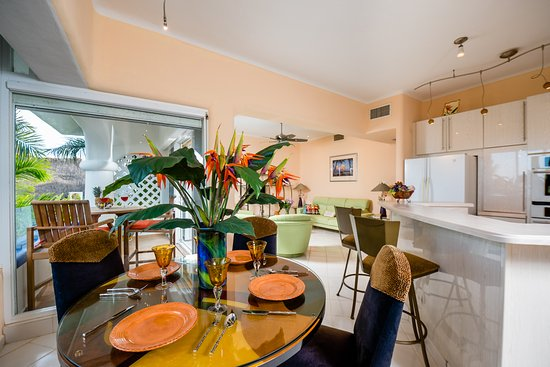 Natz Ti Ha Condominios: Casa Verano, G-301 - Home with a View Vacation Rental