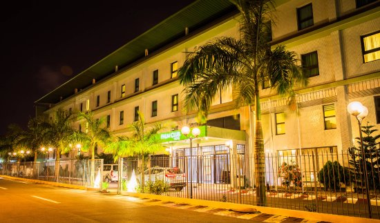 Hotel Palm Club: Vue de l'entrée