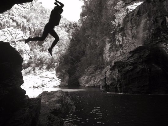 Wilderness, Sydafrika: Me jumping from a cliff =)