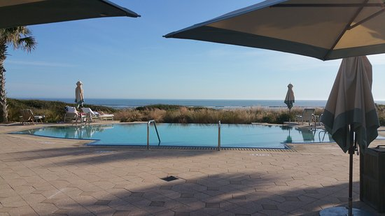 The Sanctuary Hotel at Kiawah Island Golf Resort: One of many pools - heated