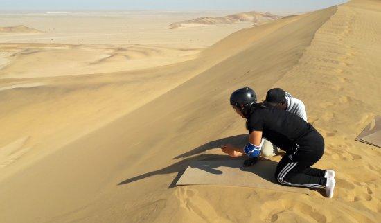 Alter Action Sandboarding: Over the edge