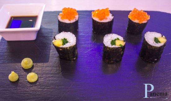 Peligros, Ισπανία: Makis de salmón, mango y cebollino