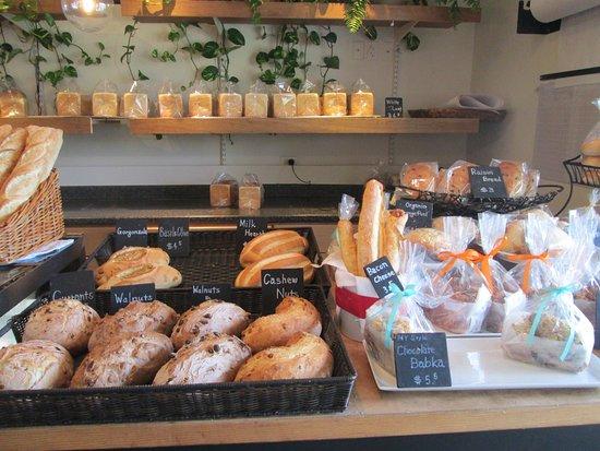 Kahala, HI: more baked goods