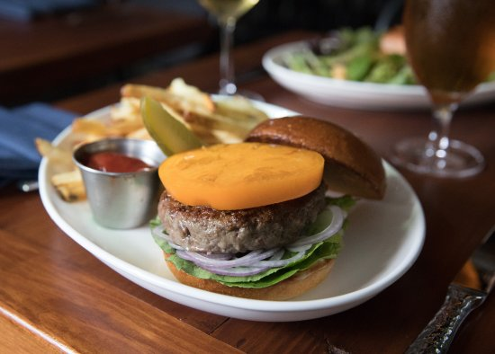 Summit, NJ: Dry-aged beef burger