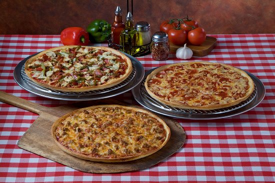 Naperville, IL: Aurelio's Family Pizzeria since 1959