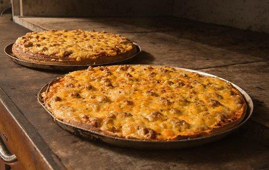 Naperville, IL: The original family recipe that has made Aurelio's Famous!