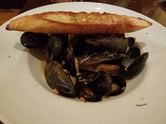 Falmouth, ME: Casco Bay Mussels