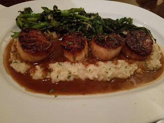Falmouth, ME: Scallops with broccoli rabe and lemon risotto