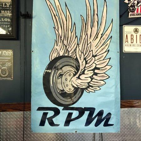 Newnan, جورجيا: RPM sign inside restaurant.