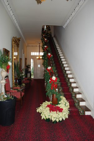 Natchez, MS: central hall decorated for Christmas