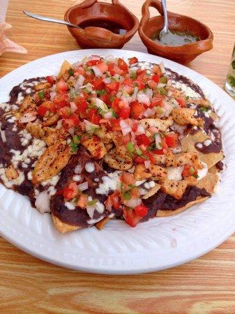 Ruben's Restaurant Isla Mujeres: Chicken Nachos