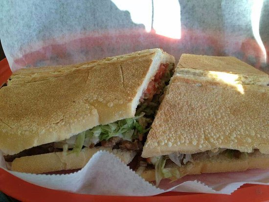 Deltona, Floride : Coquitron Sandwich is our Specialty