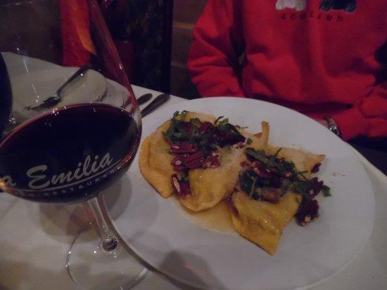 Via Emilia Italian Restaurant: Osso Buco Raviolis,