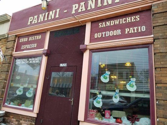 Panini Panini: Unassuming exterior on Franklin