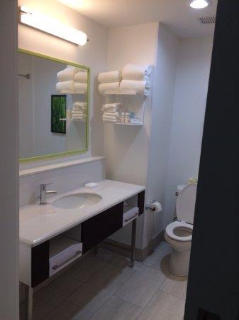 Pryor, Oklahoma: Bathroom view 2