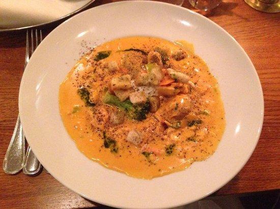 Creamy fish and shellfish stew foto marten trotzigs for Creamy fish stew