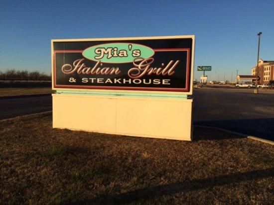 Pryor, Oklahoma: Signage