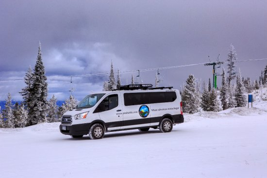 "Missoula, Μοντάνα: MTAS as a ""ski shuttle"" at Blacktail Mountain Ski Area.  (photo by Pam Voth Photography)"