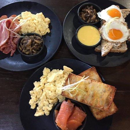 Glen Innes, Australia: Breakfast available 7 days a week