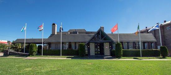 The Highlands Restaurant - New England Motor Lodge, Glen Innes