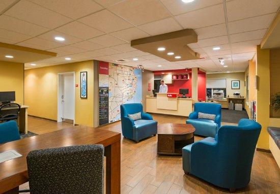Towneplace Suites Pensacola Updated 2017 Hotel Reviews Price Comparison Florida Tripadvisor