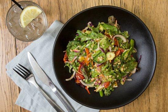 Tweed Heads, Australia: Broccolini blushed tomato salad