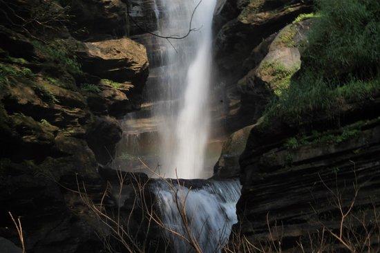 Ermai falls