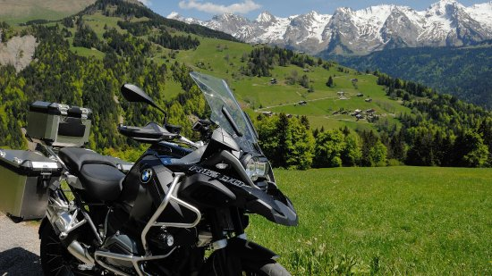 Ville-la-Grand, Francja: R1200GS Adventure available for hire with Moto-Plaisir