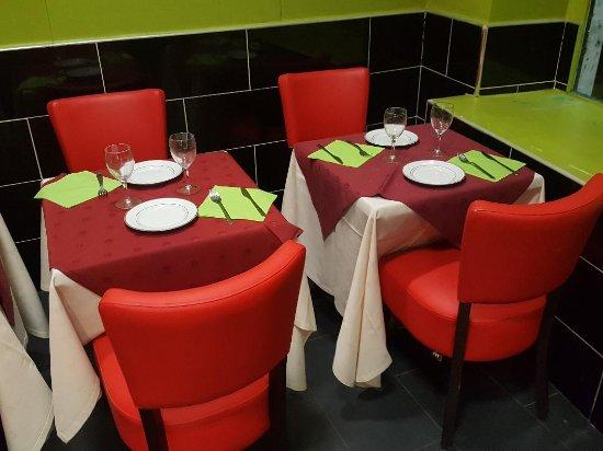 Franconville, Francia: Tables