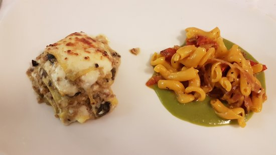 Sale in Zucca: Lasagnetta gratinata e maccherocino al torchio
