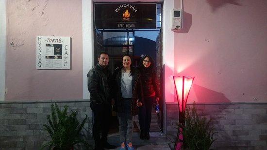 Latacunga, Ισημερινός: Bundaváh Café - Fogata