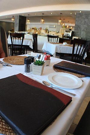 Durbanville, South Africa: ...the menu and interior view