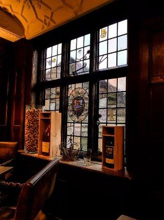 Chiddingfold, UK: Oak dining room