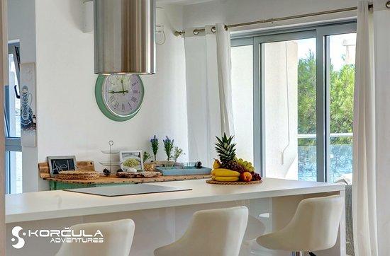 Captain's Villa Sokol: Penthouse kitchen