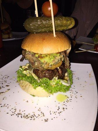 lily burger berlin prenzlauer berg restaurant bewertungen telefonnummer fotos tripadvisor. Black Bedroom Furniture Sets. Home Design Ideas