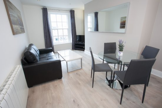 Wellington Quay Living Room Photo De Dublin City Apartments Dublin Tripadvisor