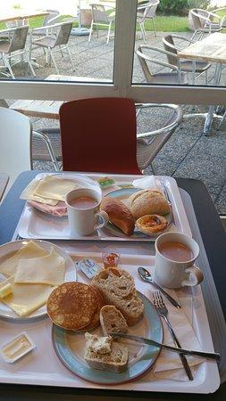 Ibis Porto Gaia: Pequeno almoço