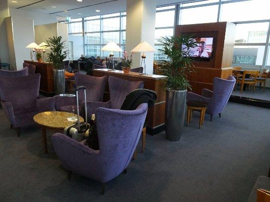 sky lounge frankfurt resmi tripadvisor. Black Bedroom Furniture Sets. Home Design Ideas